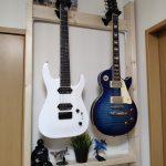 2×4材とラブリコとHeraculesのギターハンガーを使って壁掛けギターハンガーを作ってみた